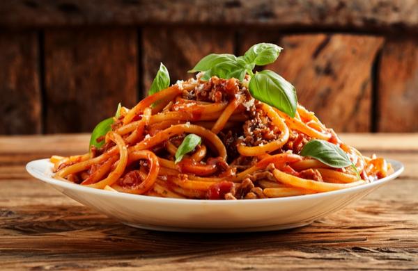 Heaped plate of delicious Italian spaghetti