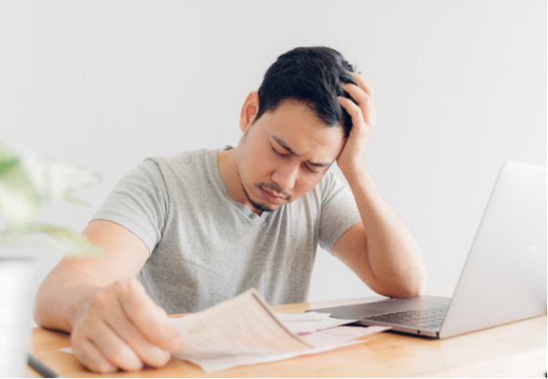 Man has problems with billing and debts